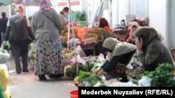 Продуктовый рынок в Оше - втором крупном городе Кыргызстана. Иллюстративное фото.