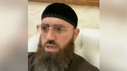 Адам Шахидов думает, что Ибн Баз его любит, хотя и презирает Рамзана Кадырова