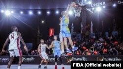 «Синьо-жовті» виграли у однолітків з Бразилії, але поступилися команді Італії