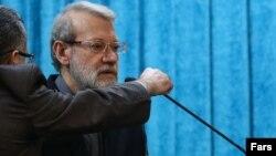 رئيس مجلس ایران عملیاتی شدن کانال مالی اروپا و ایران را منوط به فروش نفت ایران دانسته است.