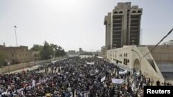 من مظاهرات بغداد في 25 شباط