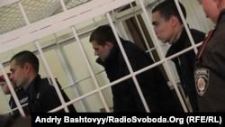 Обвиняемые в убийстве Оксаны Макар на суде. Николаев, 27 ноября 2012 года.