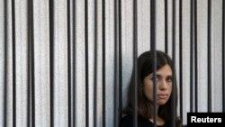 Надежда Толоконникова на заседании Верховного суда Мордовии