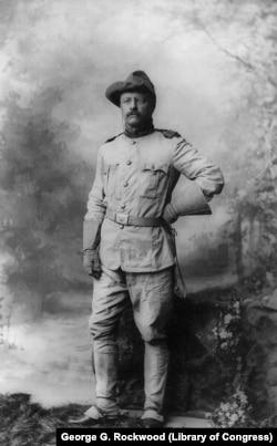 Полковник Рузвельт в военной форме. 1898. Фото George G.Rockwood