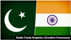 آرشیف/ به طرف راست بیرق هند و بطرف چپ بیرق پاکستان