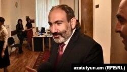 Исполняющий обязанности премьер-министра Армении Никол Пашинян