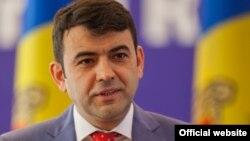 Кирилл Габурич, глава правительства Молдавии, объявляет о своей отставке