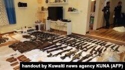 این عکس را خبرگزاری رسمی کویت پس از انتشار خبر سلاحهای یافتشده در هفته گذشته منتشر کرد
