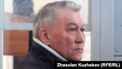Жақсылық Досқалиев сот отырысында. Астана, 19 мамыр 2011 жыл.