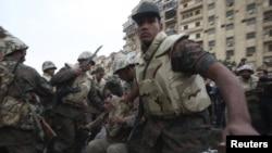 Vojska na ulicama Kaira, 3. februar 2011