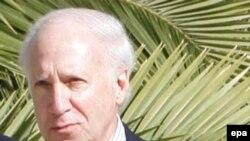 Медијаторот во спорот со името Метју Нимиц