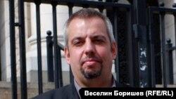Адвокат Стоян Мадин