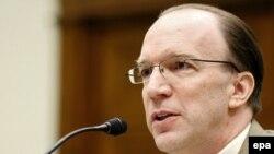 Стјуарт Боуен, генерален специјален инспектор на САД за обновата на Ирак.