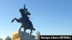 Памятник Александру Суворову в Тирасполе — один из главных символов непризнанной республики