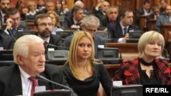 Poslanici u Skupštini Srbije za vreme sednice 30. marta. 2010. godine
