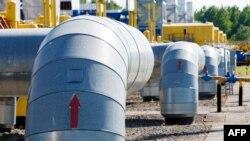Трубопровод, по которому газ транспортируется из России в Европу через территорию Украины. Львовская область, 21 мая 2014 года.