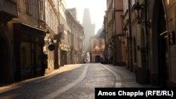 Orașul Praga pustiu pe timp de pandemie