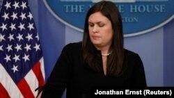 سارا هاکبی سندرز، سخنگوی کاخ سفید.