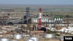 Территория Атырауского нефтеперерабатывающего завода.