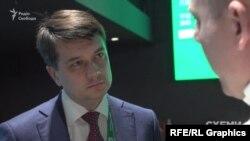 Політконсультант Дмитро Разумков не знає випадків, коли на рішення Зеленського впливали олігархи