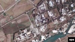 نمایی از تاسیسات غنی سازی اورانیوم یونگ بیون در کره شمالی