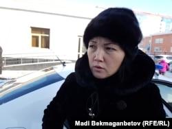 Ақмарал Ахметова, өзін-өзі өртеген Майра Рысманованың қызы. Астана, 7 желтоқсан 2016 жыл.