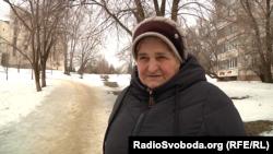 Жінка каже, що в Україні їй «нічого робити»