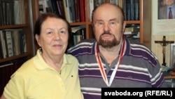Леанід Дайнека з жонкай і паплечніцай Зінаідай