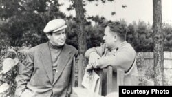Іван Мележ і Іван Шамякін, 1958 год
