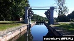 Аўгустоўскі канал, шлюз «Дамброўка»
