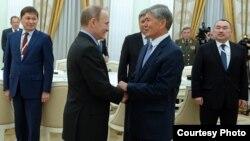 Алмазбек Атамбаев жана Владимир Путин