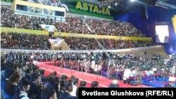 """""""Жас Отан"""" ұйымының екінші съезіне қатысушылар. Астана, 16 қараша 2012 жыл."""