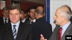 Македонскиот претседател Ѓорѓе Иванов и косовскиот претседател Фатмир Сејдиу во Валона
