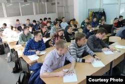 Студенти ДонНУ (Вінниця) на лекції