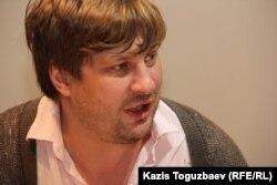 Экономикалық шолушы Денис Кривошеев. Алматы, 13 қазан 2015 жыл.