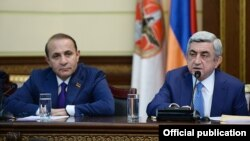 Armenia - President Serzh Sarkisian announces his decision to appoint Hovik Abraamian as Armenia's new prime minister, Yerevan, 13Apr2014.