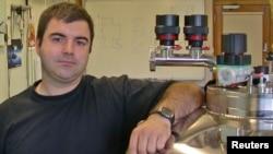 36-летний профессор Константин Новосёлов имеет российское и британское гражданство