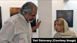 در کنار ایران درودی نقاش در گالری آریا (تهران)