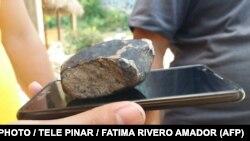 Фотография предполагаемого метеорита, упавшего в долине Виньялес на Кубе 1 февраля 2019 года.