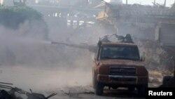 Гражданская война в Сирии для непосвященных видна как в тумане, однако очевидно одно: никому от нее лучше не становится.