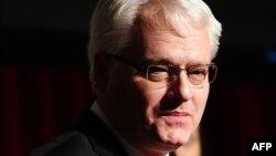 Nisam sklon da se iz Hrvatske miješamo u unutarnje poslove BiH: Ivo Josipović