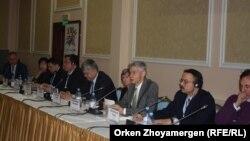 Еңбек мигранттары арасындағы туберкулезді трансшекаралық бақылау және емдеу мәселелері бойынша халықаралық конференция. Астана, 7 желтоқсан 2016 жыл.