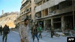Sirijske provladine snage u distriktu Farafira, sjeveroistočno od Alepa