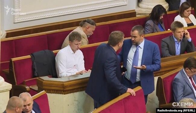 Андрій Павелко не лише очільник ФФУ, але і народний депутат від БПП