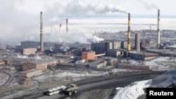 «Норильск никелі» зауыты. 16 сәуір 2010 жыл. Көрнекі сурет.