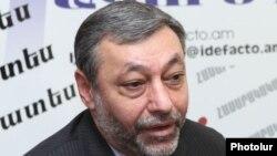 Бывший глава МИД Армении, член партии «Свободные демократы» Александр Арзуманян