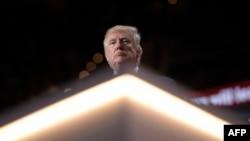 دونالد ترامپ در گردهمایی ملی جمهوریخواهان در کلیولند (در تصویر) به عنوان نامزد حزب معرفی شد