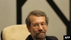 آقای لاریجانی از نمایندگان خواسته است به جای سخن گفتن از رییس آینده مجلس به فکر گرانی ها و مشکلات مردم باشند. (عکس از AFP)