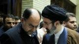 مجتبی خامنهای (راست) و وحید حقانیان (چپ) دو تن از پر نفوذترین چهرههای بیت آیتالله خامنهای هستند که تحت تحریم قرار گرفتهاند