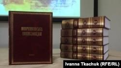 Найбільша стаття про теми і мотиви творів Шевченка налічує кількасот сторінок
